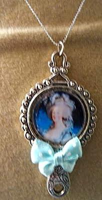 pendentif miroir Madame de pompadour métal argenté