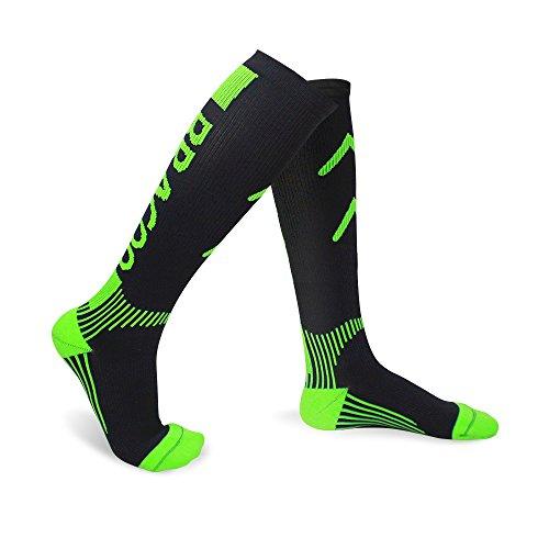 BRACOO Sport Kompressionsstrümpfe – Sportsocken – Laufsocken – Marathon Socken | Kompressionssocken für maximalen Komfort beim Joggen und Radfahren | M