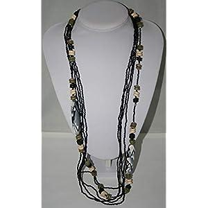 Halskette mit Muschelperlen lang