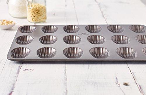 Birkmann 881525 Bärentatzen-/Madeleine-Form, Easy Baking, 18 Formen, antihaft
