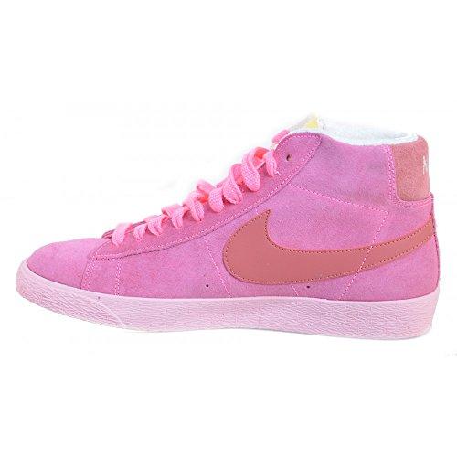 Nike Dunk Low Premium Sb Skate Shoe Rosa