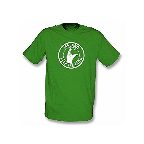 TshirtGrill Gegenstände unter diesem T-Shirt… Mädchen nehmen geeignetes T-Shirt ab, Farbe- Brown
