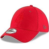50e98b50172de Amazon.co.uk  Tampa Bay Buccaneers - Hats   Caps   Clothing  Sports ...