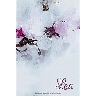 Lea: Un livre pour Lea. Journal intime en motifs de fleurs de cerisier, personnalisé.