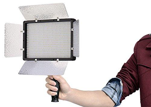 Green House Projecteurs portables 680 LEDs 3200/5600K Luminosite avec Telecommande Controle Distance 30m - 200W 24000LM