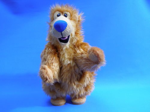 Bear in the Big Blue House ~ Singing & Dancing Cha Cha Bear