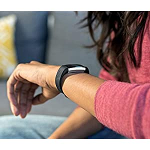 41UlWEmX0ML. SS300  - Fitbit Alta HR Activity & Fitness Tracker with Heart Rate, 7 Day Battery & Sleep Tracking