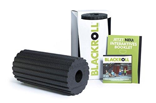BLACKROLL® FLOW Faszienrolle - das Original (Härtegrad mittel) - Selbstmassage-Rolle mit doppeltem Effekt für die Faszien in schwarz + Booklet
