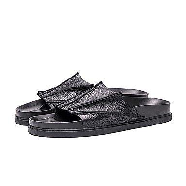 Slippers & amp da uomo;Estate PU comfort Casual Sandali Walking Nero Bianco sandali US7 / EU39 / UK6 / CN39