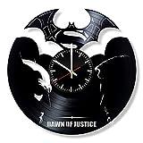 Art League House Batman vs Superman DC Comics Horloge en Vinyle - Meilleure idée d'anniversaire Originale - Disques en Vinyle pour décoration Murale Faite à la Main Style Vintage Moderne