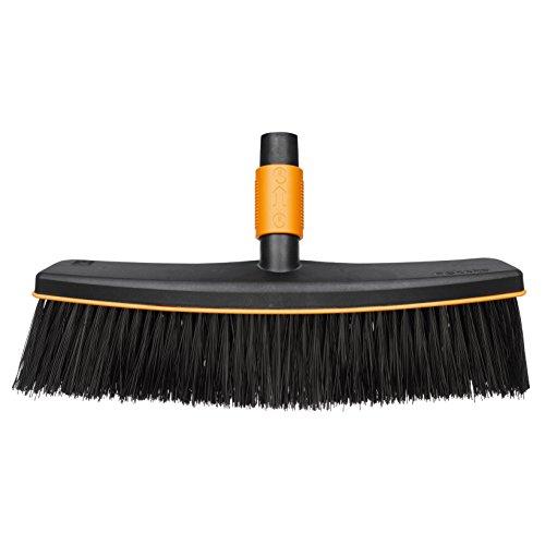 fiskars-quikfit-135533-outdoor-broom