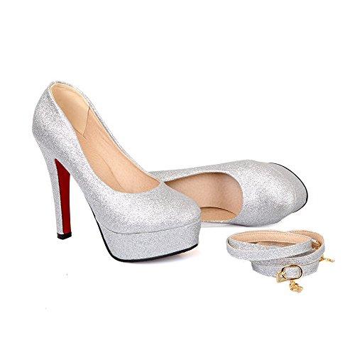 AllhqFashion Damen Weiches Material Rund Zehe Hoher Absatz Ziehen Auf Rein Pumps Schuhe Silber