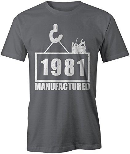 Manufactured 1981 - Rundhals-T-Shirt Männer-Herren - hochwertig bedruckt mit lustigem Spruch - Die perfekte Geschenk-Idee (06) dunkelgrau