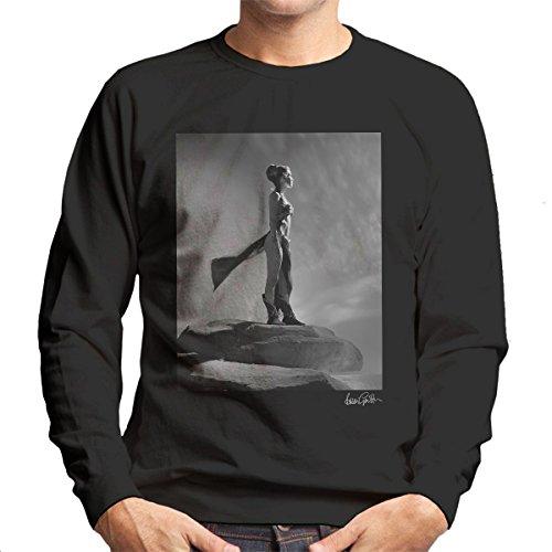 Brian Griffin Official Photography - Star Wars Behind The Scenes Princess Leia Gold Bikini Men's Sweatshirt (Leia Bikini Gold)