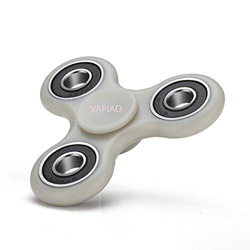 Fidget Tri (dreifach) Spinner Special Version mit 4 Hochleistungs Kugellagern Anti Stress Kreisel Hand Spielzeug in Grau (fluoreszierend) von VAPIAO
