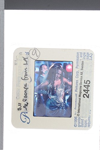 slides-photo-of-pam-grier-as-hershe-las-palmas-in-escape-from-la