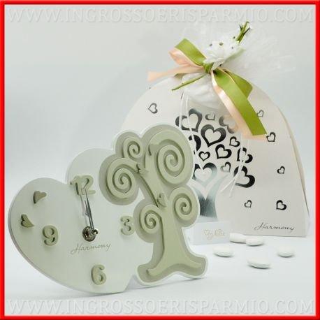 Orologio da tavolo in legno bianco a forma di cuore decorato in rilievo da albero della vita arricchieto da cuoricini, h 15cm, scatola regalo inclusa - bomboniere matrimonio,nozze,anniversario(kit 1 pz)