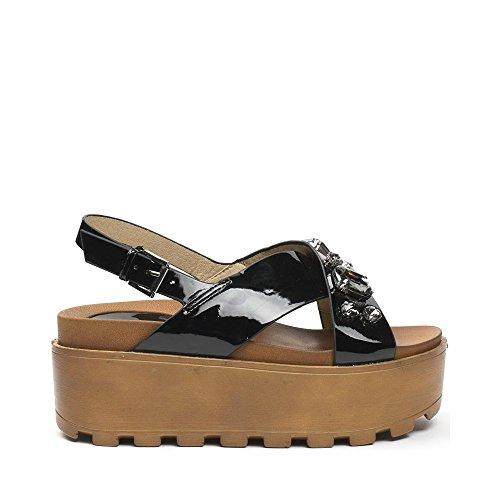 Ideal Shoes - Sandales vernies à plateforme incrustées de strass Moena Noir