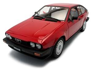 Autoart - 70146 - Véhicule Miniature - Alfa-Romeo - GTV 2.0 - Rouge - Echelle 1/18