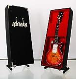 Miniatur Gitarre Replica: Ace Frehley-Les Paul Modell Mini Rock Kuriositäten Replica Holz Miniatur-Gitarre & Display Gratis Ständer (UK Verkäufer)