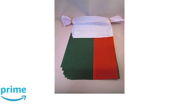 Drapeau malgache 15 x 21 cm AZ FLAG Guirlande 6 m/ètres 20 Drapeaux Madagascar 21x15 cm