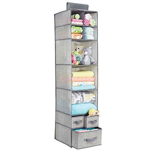 mDesign rangement suspendu en tissu pour l'armoire – meuble suspendu pour peluches, jouets et couches – étagère suspendue – 7 compartiments et 3 tiroirs – en polypropylène – gris