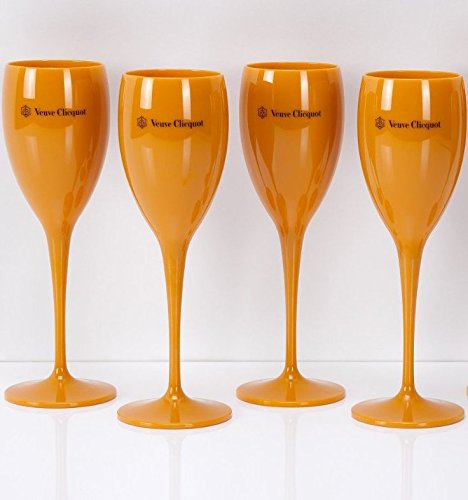 4-x-veuve-clicquot-saint-tropez-poolside-champagne-flutes