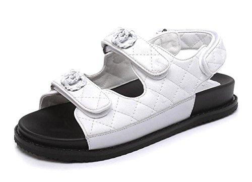 Women Open Toe Sandals Chaussures en métal Velcro Flat 2017 Été Nouveaux cuir Thick Bottom Students Flat Shoes White