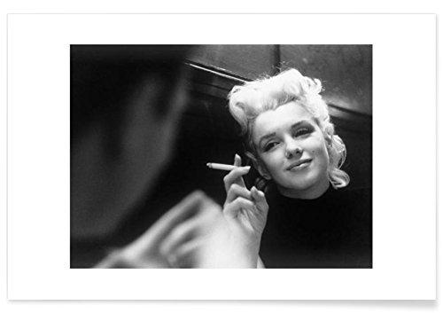 """JUNIQE® Poster 30x45cm Schwarz & Weiß Marilyn Monroe - Design """"Marilyn Monroe in New York, 1955"""" (Format: Quer) - Bilder, Kunstdrucke & Prints von jungen Künstlern entworfen von Vintage Photography Archive"""