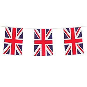 Gifts 4 All Occasions Limited SHATCHI - Guirnalda de banderines de Reino Unido (33 pies), diseño de bandera de Reino Unido, 10 m, color rojo, blanco y azul
