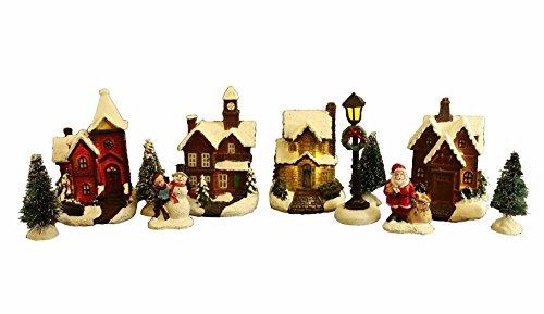 Preisvergleich Produktbild HAAC 11teilige LED beleuchtete Weihnachtsstadt geschneit mit Schnee Häusern Weihnachtsbaum Weihnachtsmann und Schneemann