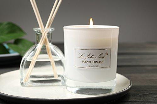 bougies-parfumes-bois-de-santal-et-de-cassis-bougie-pot-de-cire-100-soja-belle-maison-de-parfum-boug