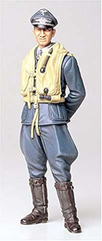 Tamiya 3000363021: 16WWII Figure Ace of German Air Force Aviator