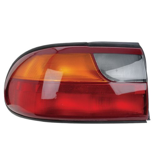 chevrolet-malibu-classic-tail-light-assembly-left-driver-side-on-rear-1997-2005-by-tyc