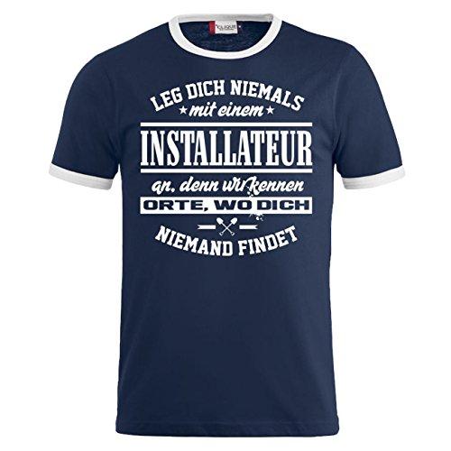 Männer und Herren T-Shirt Leg dich niemals mit einem INSTALLATEUR an Dunkelblau/Weiß