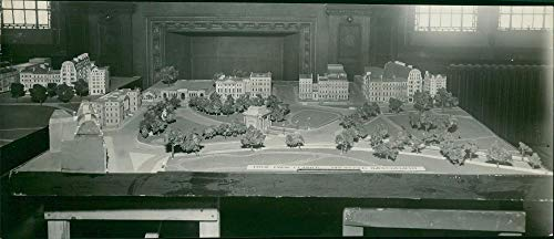 Fotomax Vintage Photo of A Model of The Road Improvement Scheme for Hyde Park Corner -