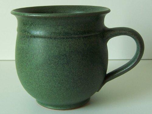Töpferei Annett Fischer T6 Tasse handgetöpfert Tasse Keramik grün Durchmesser 10 cm