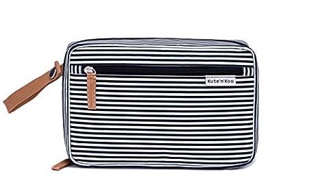 Modische, Tragbare Wickelunterlage – Wickelsation für Unterwegs - von Kute 'n' Koo: Funktion und Mode in einer Tasche. In New York entworfen: