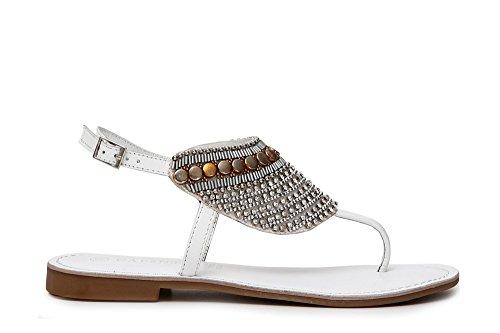 Sandali infradito donna cafe'noir in pelle bianca con perline e strass a fantasia etnica. cinturino alla caviglia. taglia 38