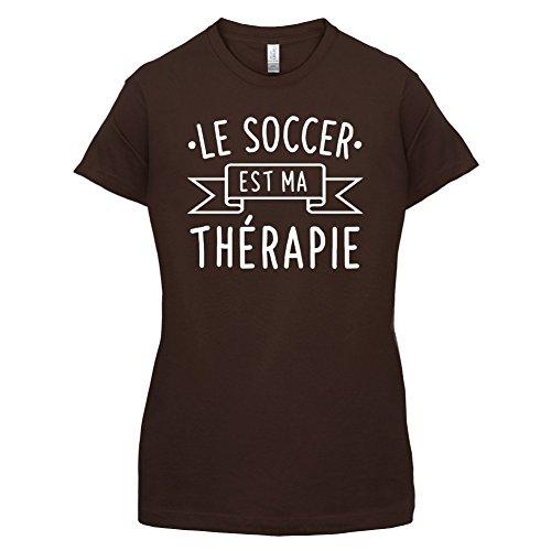 Le soccer est ma thérapie - Femme T-Shirt - 14 couleur Marron Foncé