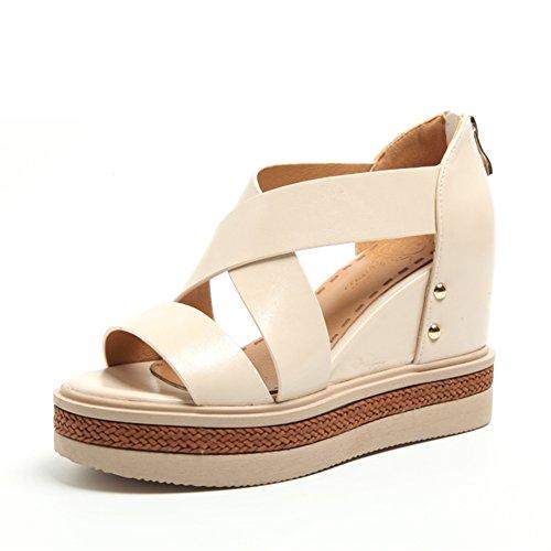 pente avec des chaussures avec des semelles épaisses/Ceintures augmentées avec des chaussures romaines B