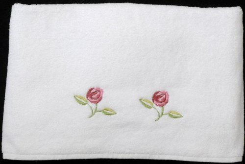 bath-towel-in-a-rennie-mack-pink-rose-design-by-justina-claire