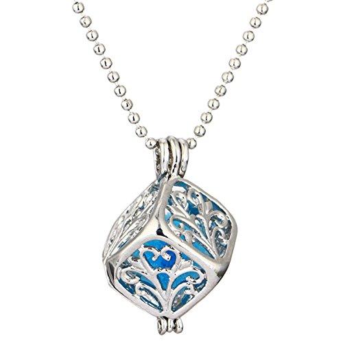 HOUSWEETY Collier Pendentif Cube Motif Cisele Aromatique Diffuseur de Parfums ou d'Huiles Essentielles