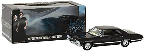 GreenLight Supernatural (2005-série télévisée actuelle) 1967 Chevrolet Impala Sport Sedan (1:24 Scale) 84032 Noir