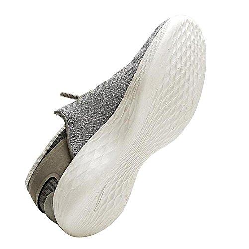 Le donne cadono i pantaloni sportivi di superficie della rete netta traspirante adattano ai pattini correnti poco profondi della bocca Grey