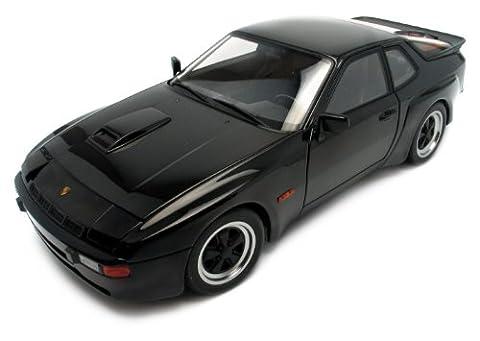 Autoart - 78001 - Véhicule Miniature - Porsche 924 Carrera GT - Noir - Echelle 1/18