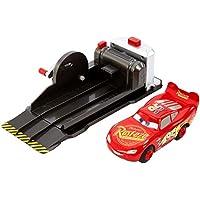 Disney Pixar Cars Coffret voiture Flash McQueen Cascadeur et Lanceur, jouet pour enfant, FRV84