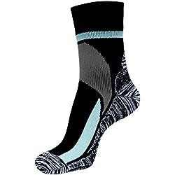 ArcticDry Xtreme 100% Calcetines Impermeables para Hombre, Mujer y Niños – Nylon, licra y Coolmax material a prueba de Agua – ¡Perfecto para ciclismo, excursiones, remar, pescar y más!
