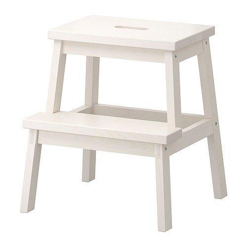 IKEA BEKVÄM Tritthocker in weiß; aus Massivholz