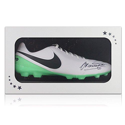 Fußballschuh von Francesco Totti signiert. In Geschenkbox Autogramm Sport-memorabilien